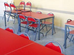 chaise d'école lafa par IA France