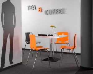 chaise design Fondo par IA France
