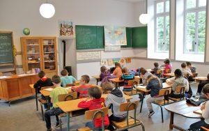 Une classe en enseignement simultané