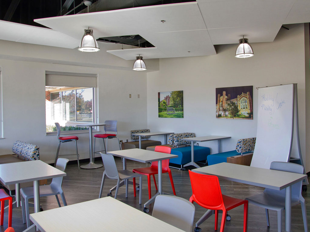 chaise conçue pour les espaces modulables