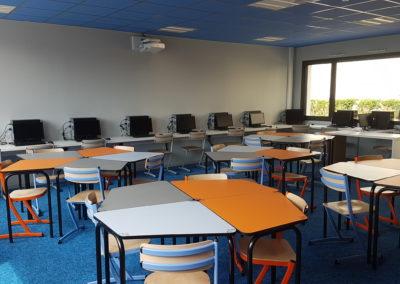 College St Joseph classe flexible Table 345 collège + Chaise 345 acier 1