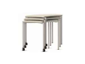 Table primaire et empilable pour un gain de place certain