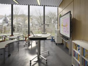 Pupitre d'enseignant Shift de VS Furniture