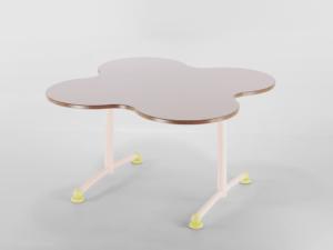 Table maternelle Ludo par IA France