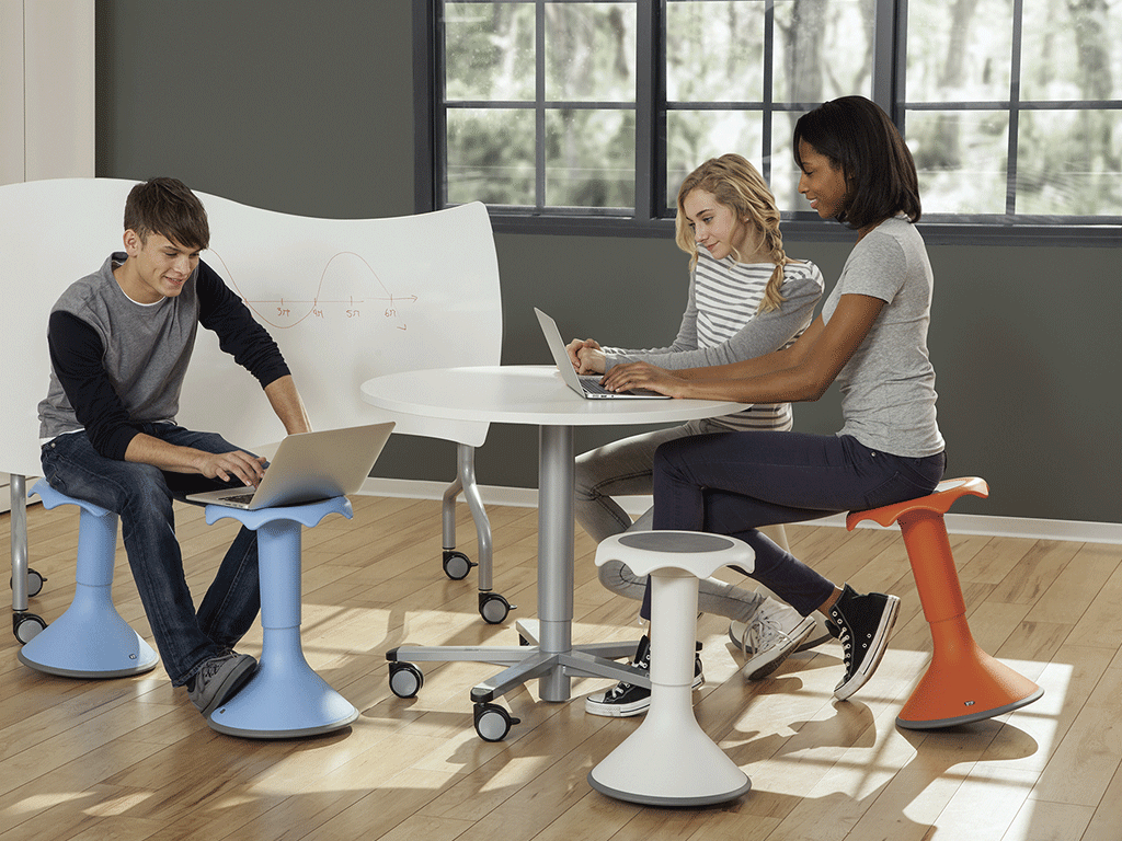 Tabouret pour enseignement dynamique, ergonomique et design
