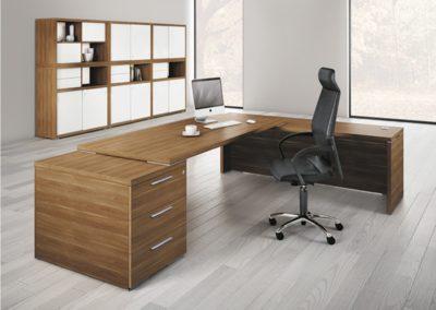 Bureau de direction design avec caisson tiroirs et retour perpendiculaire